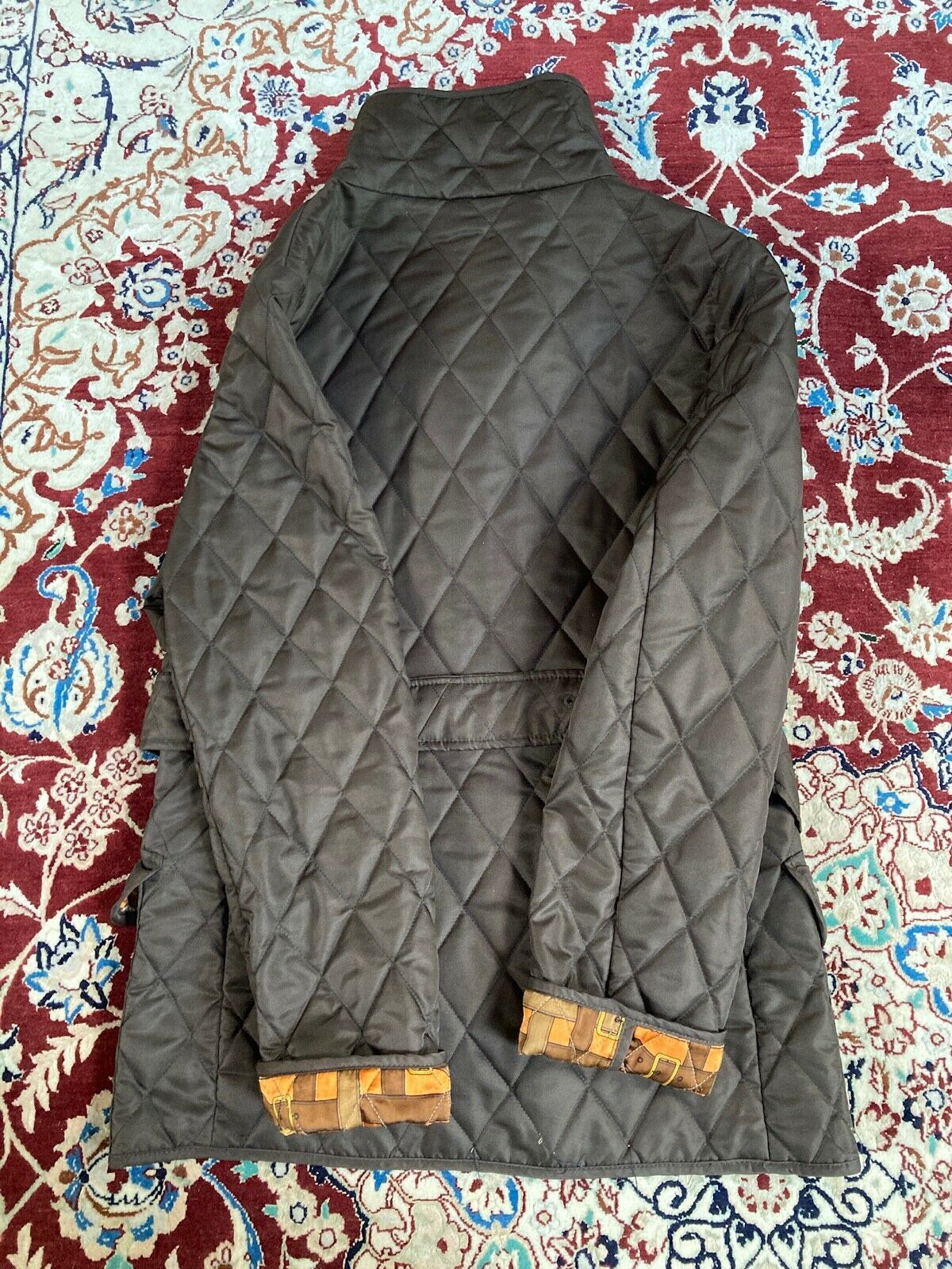 Burberry womens quilted jacket - image 6