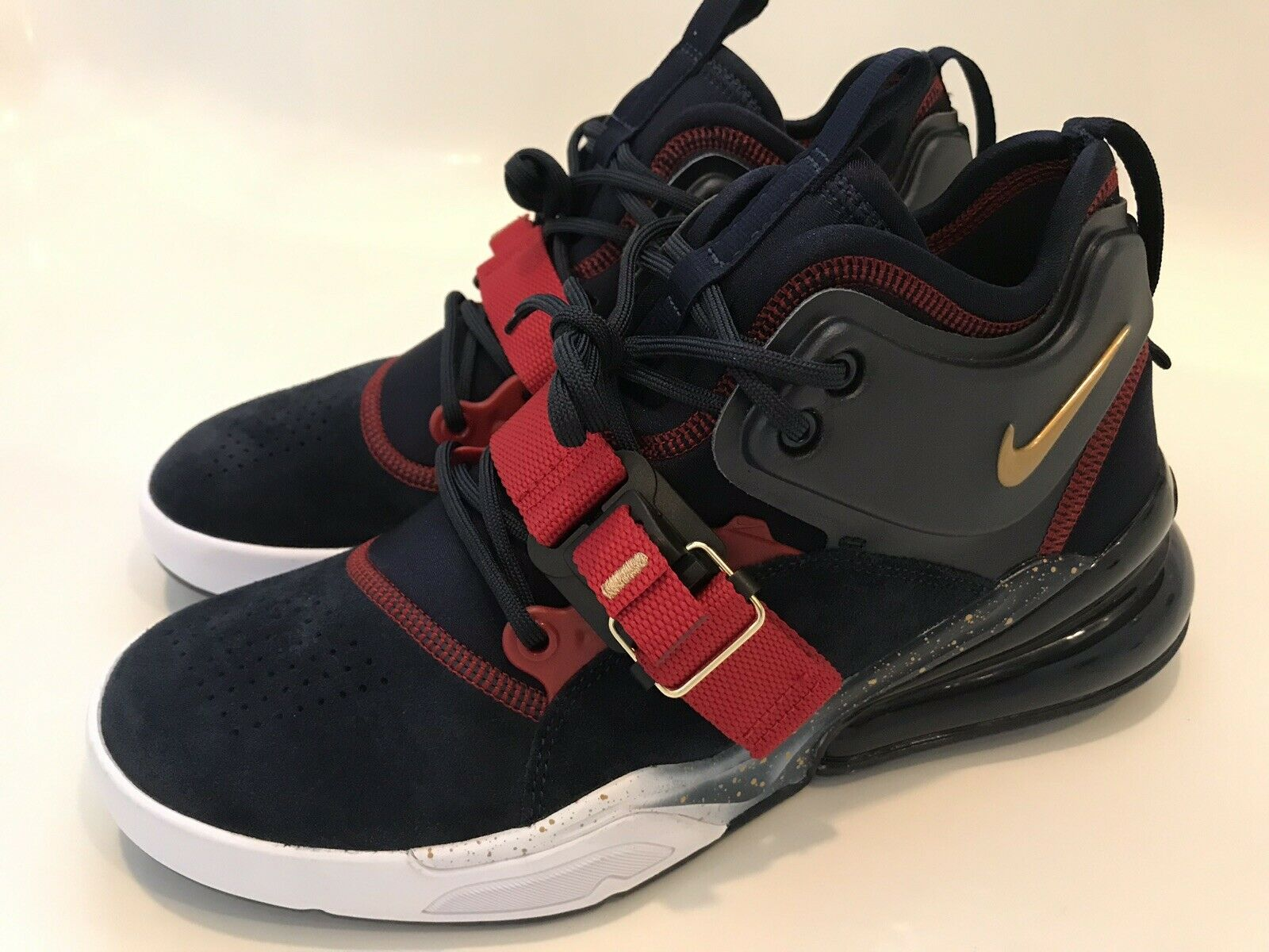 NEW NIKE AIR FORCE 270 DREAM TEAM MEN'S SHOES OBSIDIAN gold-RED SIZE 8.5
