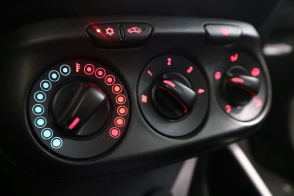 Opel Corsa 1,4 16V Sport billede 10