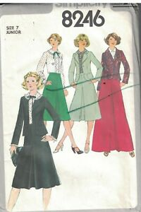 8246-Uncut-Simplicity-Naehen-Muster-Bluse-Ungefuettert-Jacke-Rock-Junior-1970s