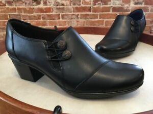 Clarks Black Leather Emslie Warren Side