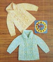"""Vintage Knitting Pattern 2 Baby Jackets With Collar 19""""-22"""" Chest DK B13095"""