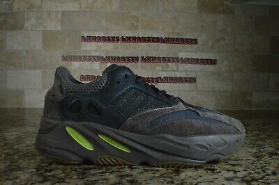 CLEAN Adidas Yeezy Boost 700 OG Wave