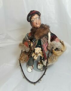 Vintage-Souvenir-Doll-10-034-Tall