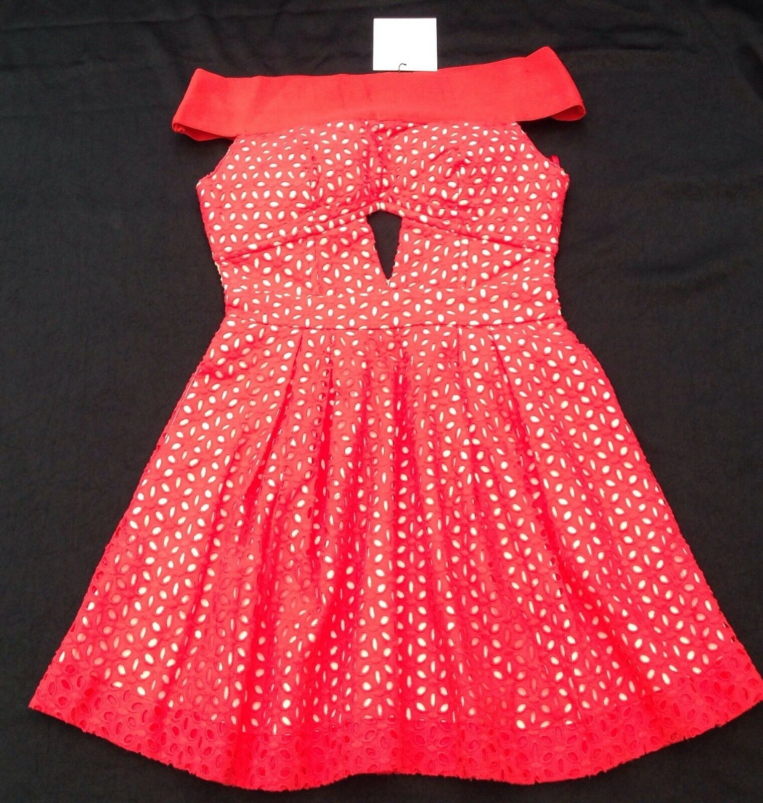 e5b83b3a6a1d8 NWT Foxiedox New Ladies X Small Red Sleeveless Lace Off Shoulder Mini Dress