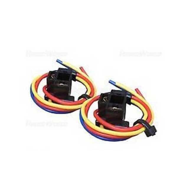 BULB HOLDER  BULBS CAR AUTO HOLDERS 3 WIRE HEADLIGHT HEADLAMP 472 2 X H4