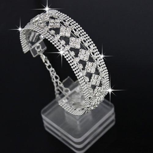 Exquis Femmes Carré Fleur Style Full Diamond Bracelet ouverture Bijoux G