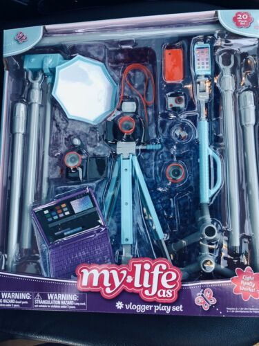 """Fits 18/"""" dolls My life as Vlogger play set Comes with 20 playable peices."""