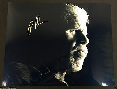 "Entertainment Memorabilia Ron Perlman ""clay Morrow"" Signed Sons Of Anarchy 11x14 Photo Hellboy Proof J11 Handsome Appearance"