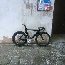 Full carbon track fixed bike built for myself 6.3kg only. 100km rode on it