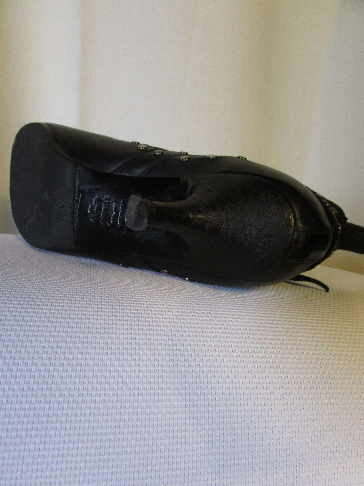 Stiefel/stiefletten 38 athé vanessa bruno schwarzes leder nietenbesetzt größe 38 Stiefel/stiefletten 331124
