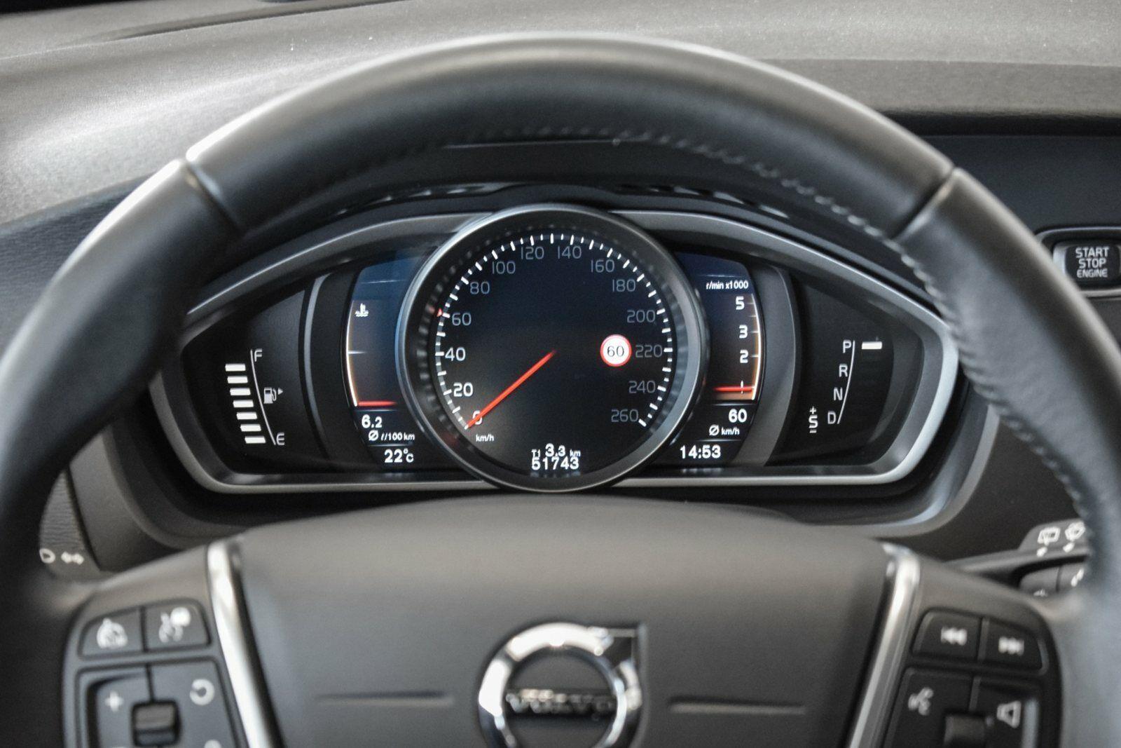 Volvo V40 CC 2,0 D3 150 Momentum aut. - billede 9