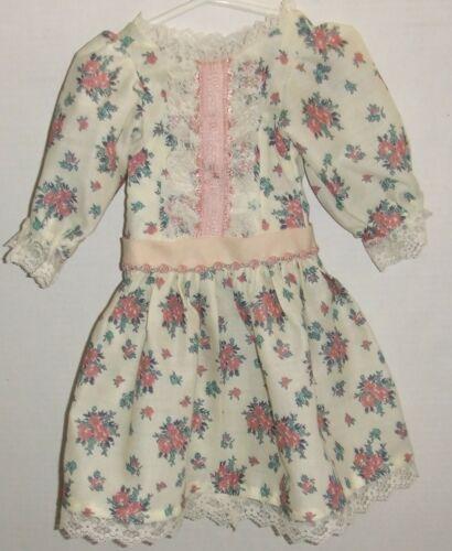 "LOVELY Hand Made doll Dress for 24/""  Doll # 7"