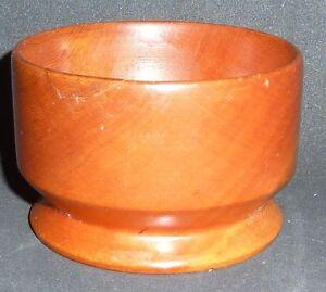 SMALL-HAND-TURNED-HUON-PINE-BOWL-6-cm-high