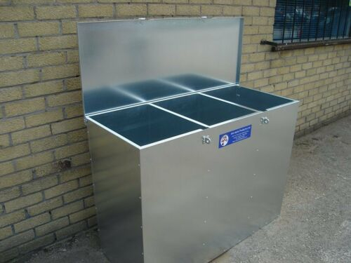 AniMate 3 Compartment Horse Animal Feed Storage Bin Galvanised 540litres 300kgs