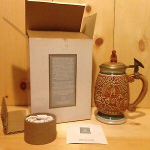 Vintage-Collector-THE-WILD-WEST-Avon-USA-Lidded-Beer-Stein-Gift-MUG