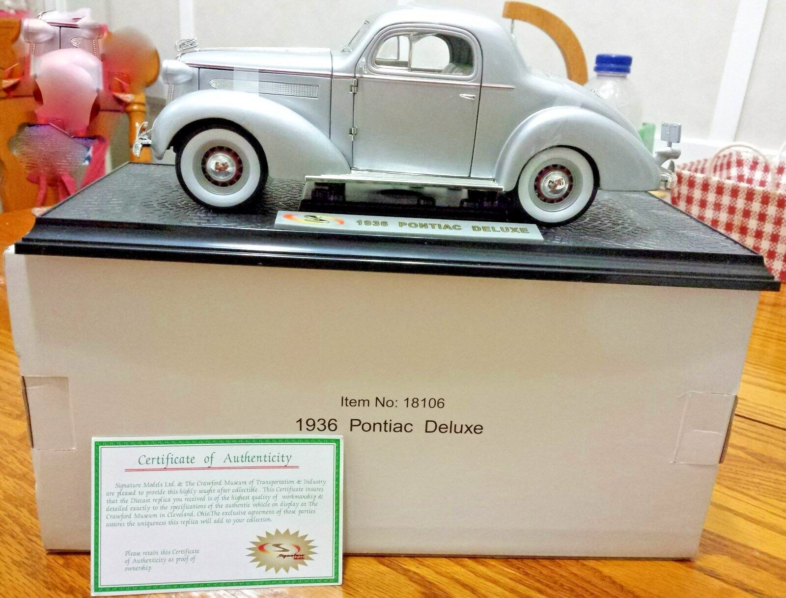 Signature Models Pontiac 1936 Deluxe 1 18 Scale Diecast A54