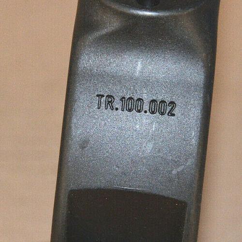 IGUS Standardhalterung TR-100-001 002 für Energiekette NEU