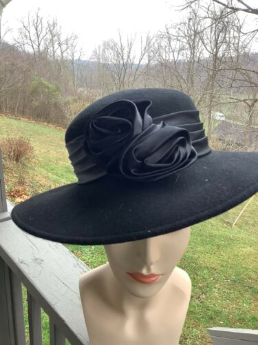 Fine Millinery Collection Ladies Felt Wide Rim Hat