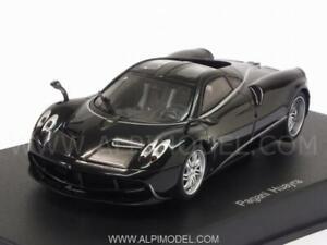Pagani Huayra 2012 Black W / silver Stripres 1:43 Auto Art 58209