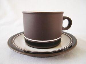 Hornsea-Pottery-CONTRAST-TEA-CUP-amp-SAUCER-Lancaster-Vitramic-Vintage-Brown-1977
