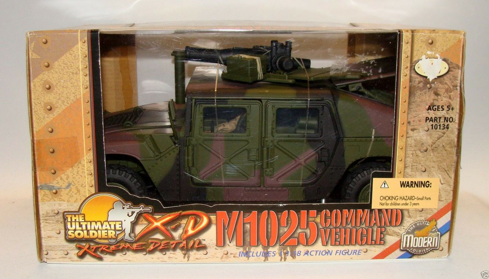 21st Century The Ultimate Soldier M1025 Command Vehicle 1 18 Incl Action figure