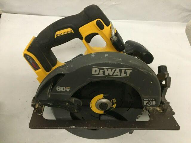 "DEWALT DCS578 FLEXVOLT 60V Volt MAX Brushless 7-1/4"" Circular Saw, VG"