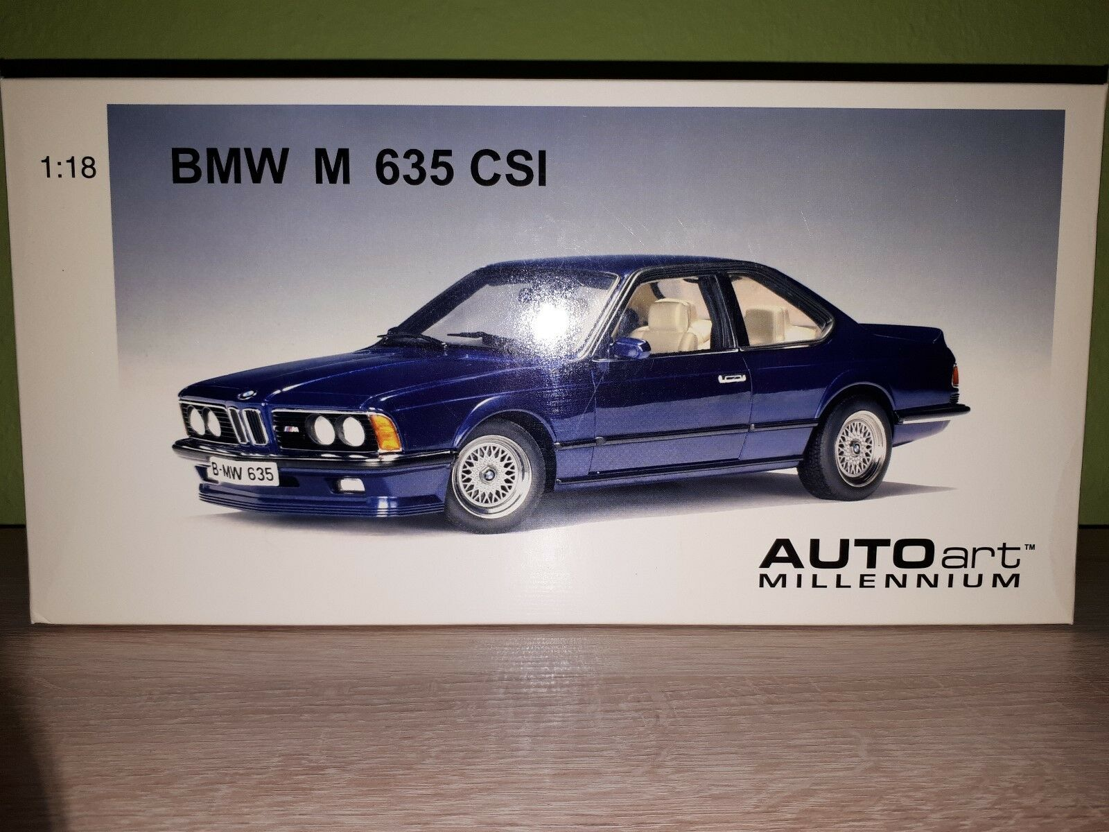 Autoart BMW m635i e24 1984 in blu scuro-metallico 1:18 Incl. SCATOLA ORIGINALE RAR