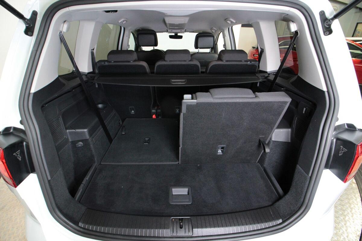 VW Touran 1,6 TDi 115 Comfortline DSG 7prs