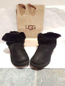 Genuine Short Black Ugg Boots UK 7.5 | eBay