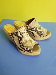 8538859aad38b Image is loading NWOB-Kanna-Shoes-Wedge-Snake-Print-Size-8-
