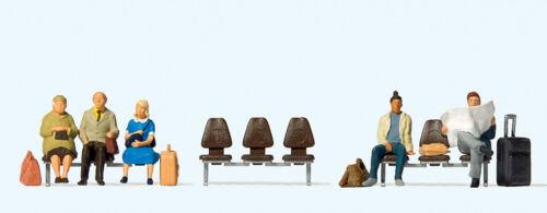 Preiser 10660 H0 Figurines  Five Waiting Passenger  # NEW original packaging