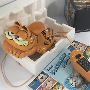 Vintage Garfield Phone in Original Box Wall Mount 1986