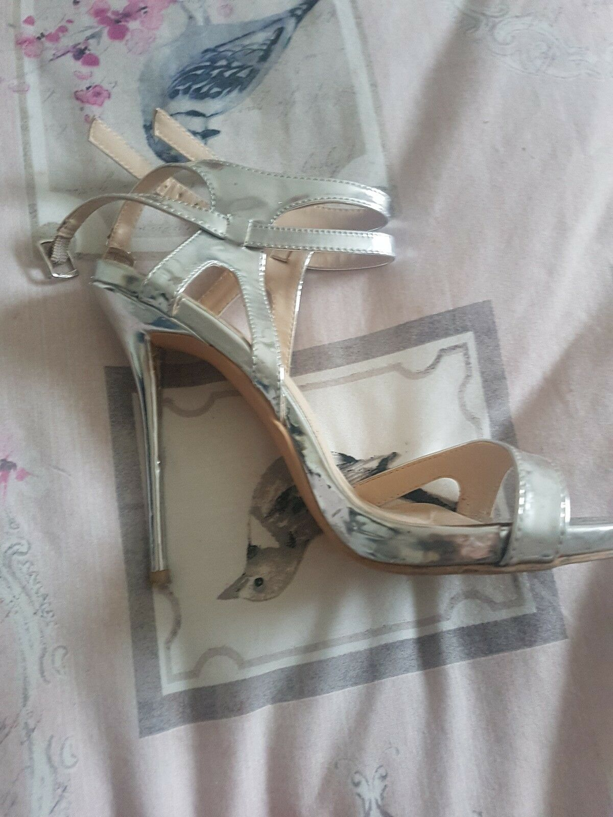 Gentlemen/Ladies misguided silver metalic heels size 5 The color is lower very eye-catching At a lower is price Elegant and solemn 1eefc3