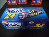 Jeff Gordon 24 2001 Dupont / Pepsi Monte Carlo (1:24 Scale)