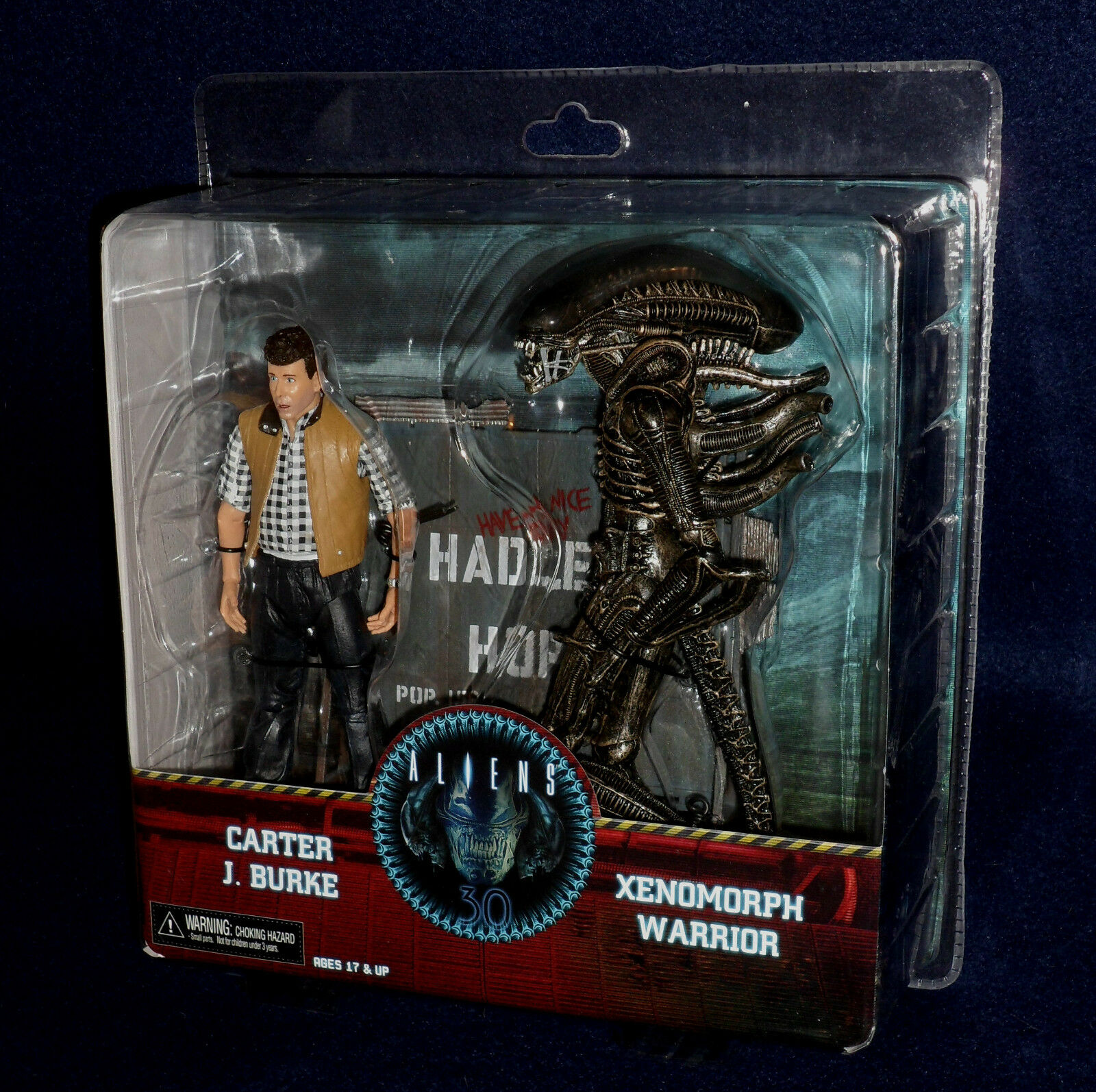 Aliens HADLEY'S HOPE - CARTER BURKE & XENOMORPH WARRIOR 7  Scale Figure Set NECA