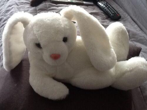 peluche lapin blanc cool