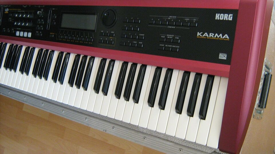 Synthesizer, Korg Karma