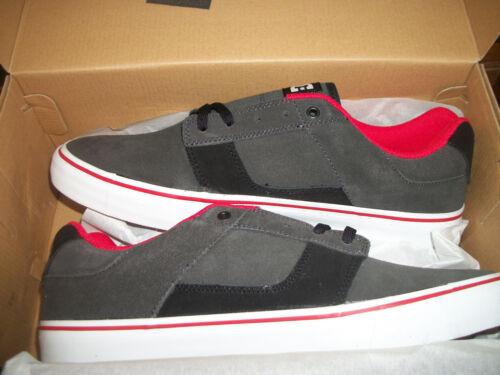 11,13 DC shoes Bridge M Shoe Gray and Black New  Tennis Shoes SZ