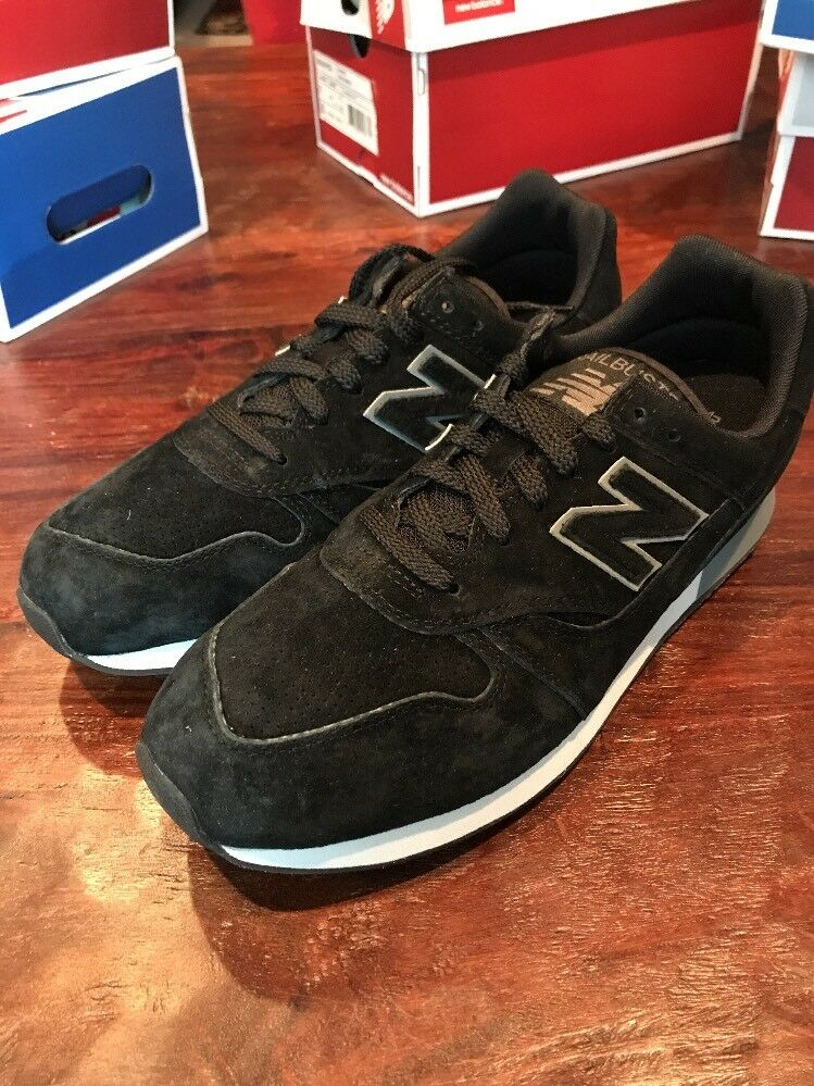 New Balance Trailbuster TBTBB Shoes Size 9.5 Sneakers Hiking Black Suede Men's