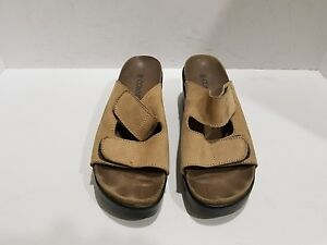 Connie womens light brown suede wedge slide sandals size 9 M