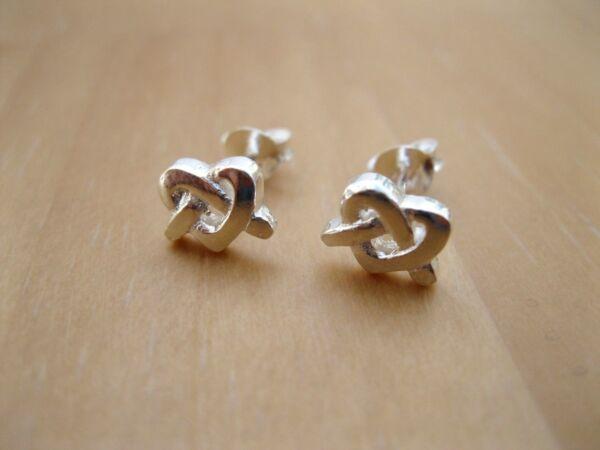 925 Sterling Silver - Plain Silver Small Knot Style Stud Earrings - 7mm Wide