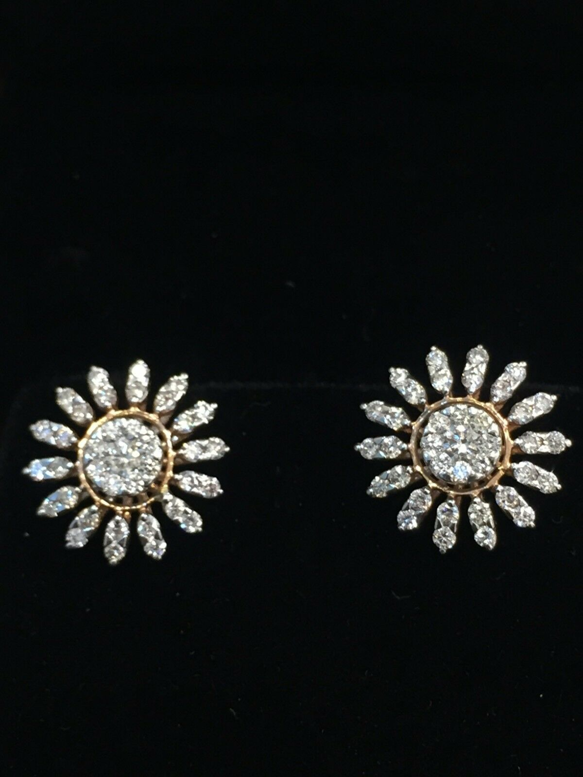 Pave 0.90 Cts Round Brilliant Cut Diamonds Stud Earrings In Fine 14K Yellow gold