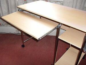 Computer Desk - Shipley, United Kingdom - Computer Desk - Shipley, United Kingdom