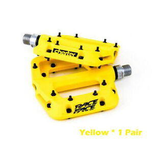 "Race Face Chester  Platform Mountain Bike Pedals 9//16/"",Yellow"