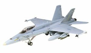 Tamiya-1-72-War-Bird-Collection-No-02-US-Navy-McDonnell-Douglas-F-A-18-Hornet