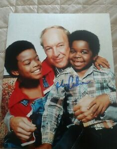 GARY-COLEMAN-SIGNED-8X10-PHOTO-DIFFERENT-STROKES-W-COA-PROOF-RARE-WOW