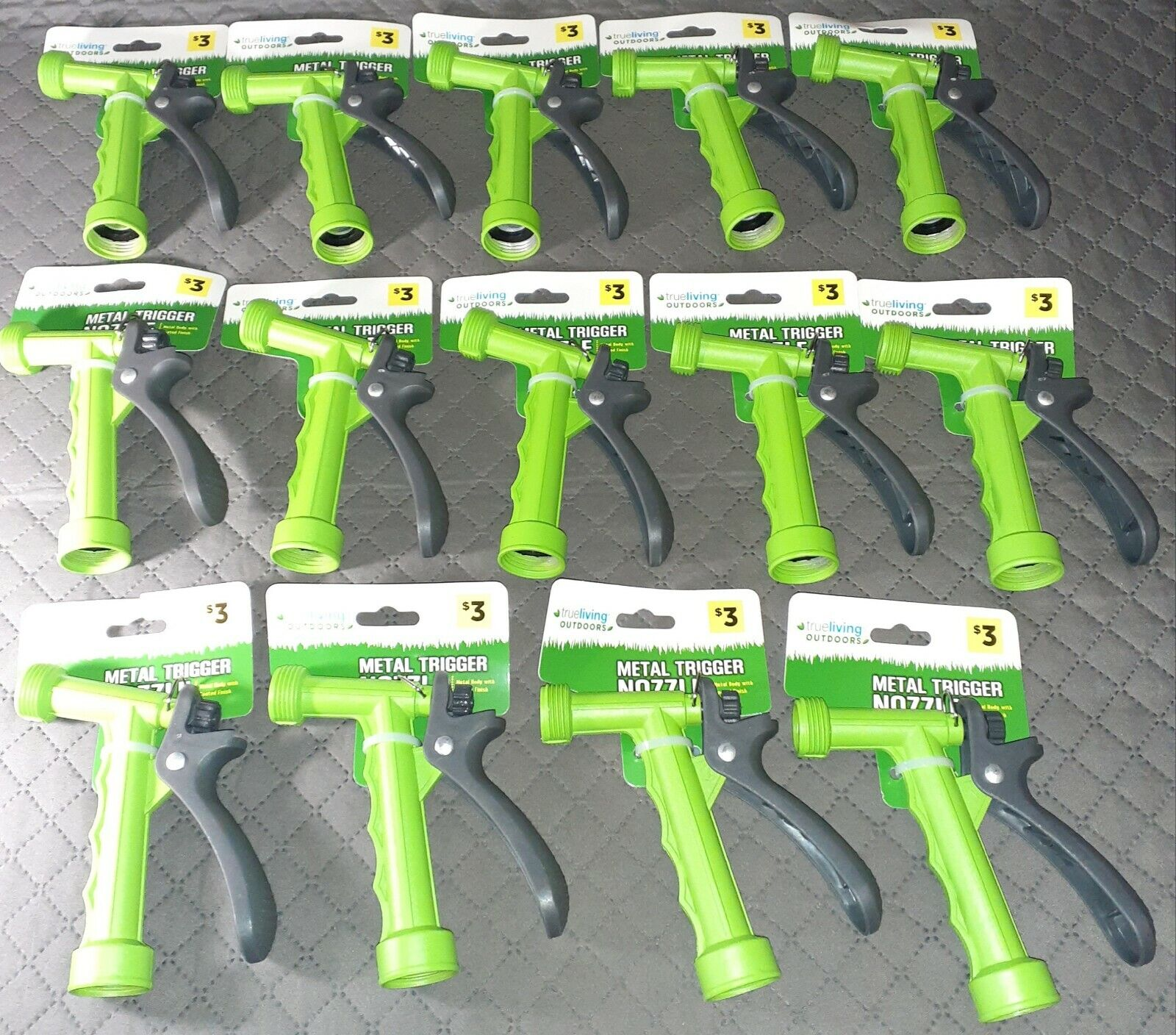 Lot of 14 True Living Outdoors Metal Trigger Nozzle With Coated Finish