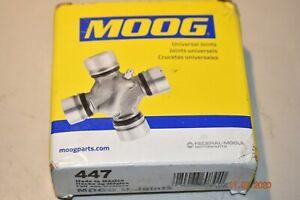 U-Joint  Moog  447
