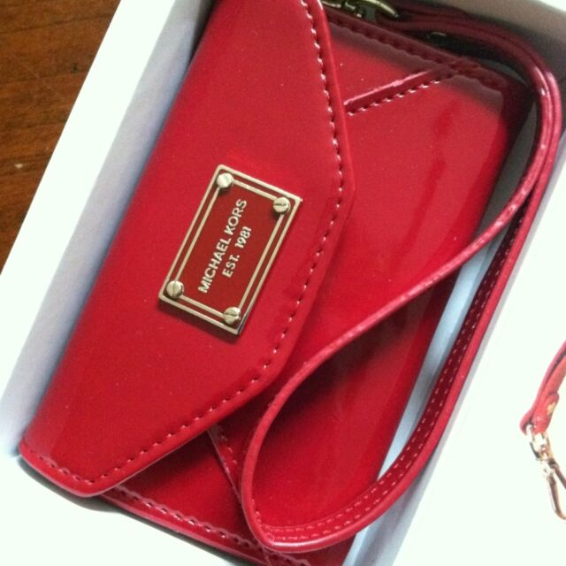 a96a7047aa2c Michael Kors iPhone 4/ 4s Wallet Wristlet Case in Red Patent Leather ...